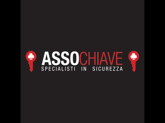 Duplicazione Chiavi Auto, Vendita Serrature, Fabbro Urgente - 1/4